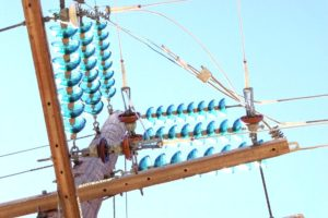 advantages-of-suspension-insulators-and-pin-type-insulators