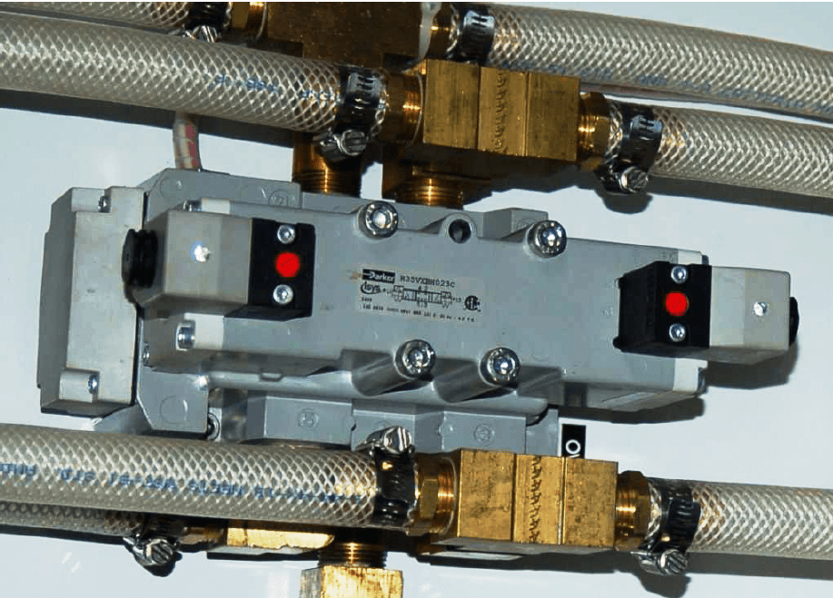 Four Way Solenoid Valve Images
